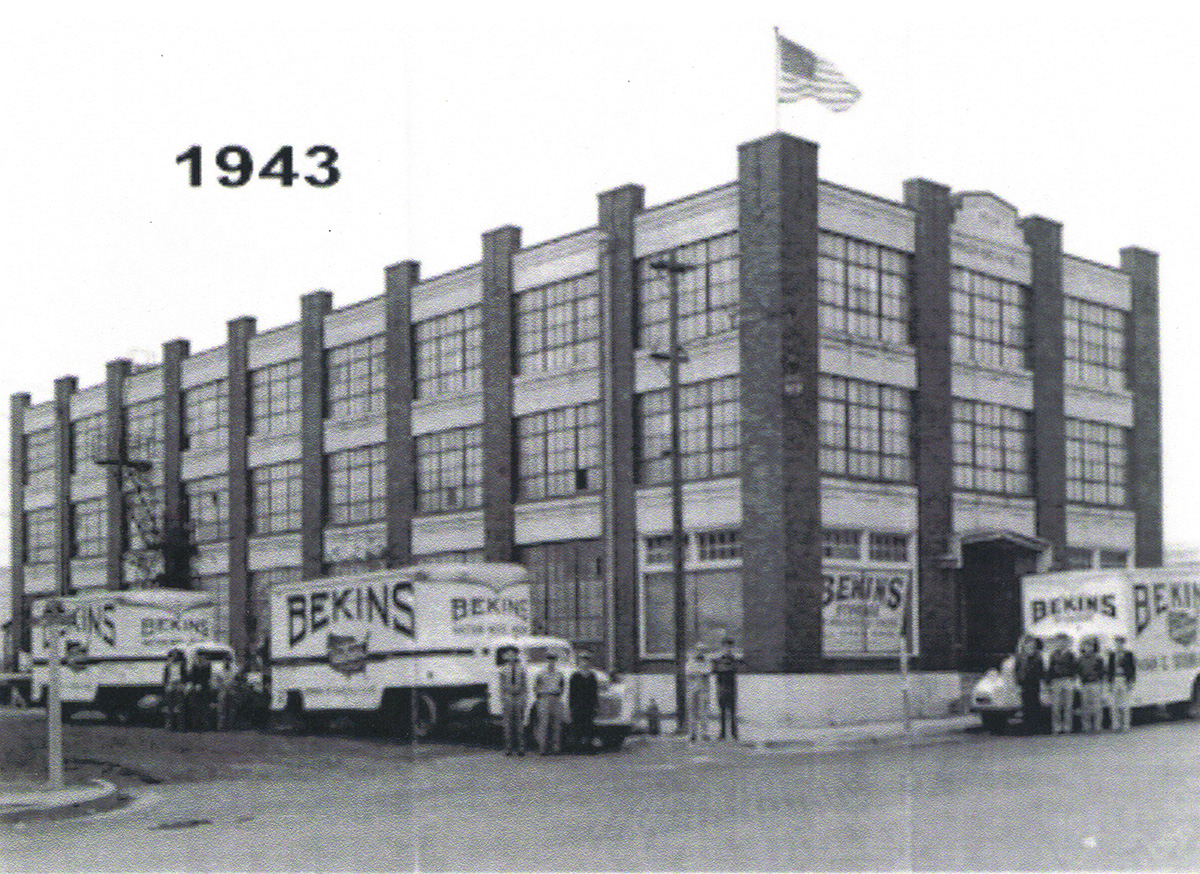 Retro - Bekins Office 1943